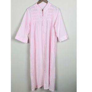 Miss Elaine Zippered Lounger Robe